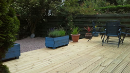 Decking area at Self catering Mags Cottage in Ballachulish